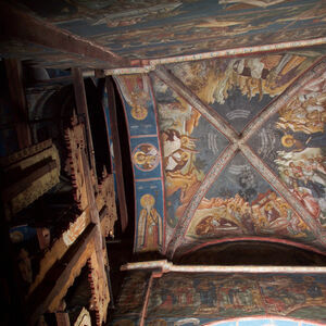 1,2,6,43,44,45,46 Altar Vault with frescoes from the cycle of events after the Resurrection