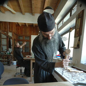 Father Avakum carving wood 8