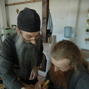 Father Avakum teaching Father Dimitrije wood carving 5