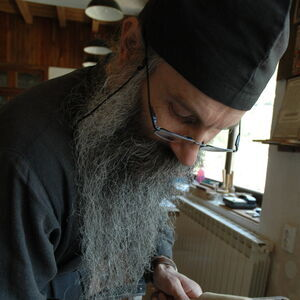 Father Avakum carving wood 10